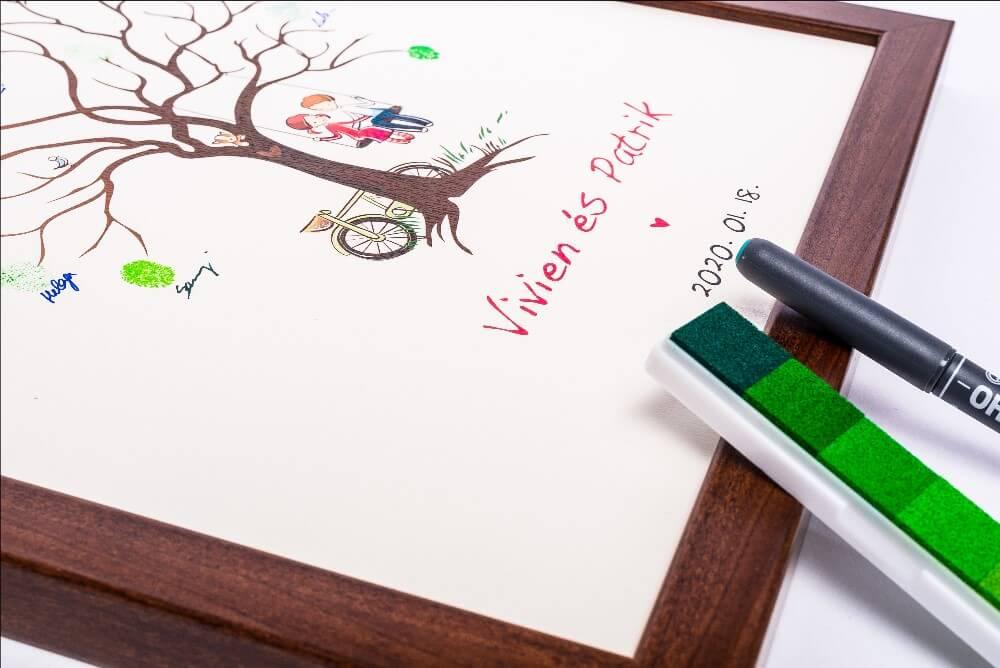 Esküvői ujjlenyomatfa képkeretben, tintapárnával és minden egyéb kellékkel